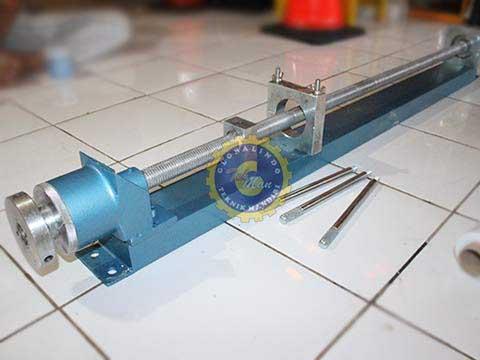 sample extruder
