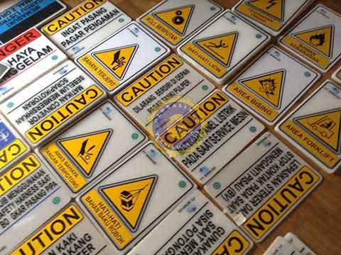 acryluc sign warning
