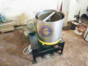 mesin spinner peniris garam